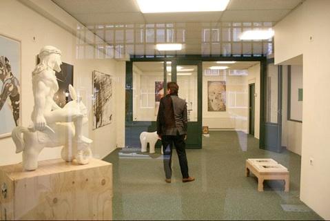rotterdam art route kralingen crooswijk group exhibition at the pop up gallery kortekade 60. Black Bedroom Furniture Sets. Home Design Ideas